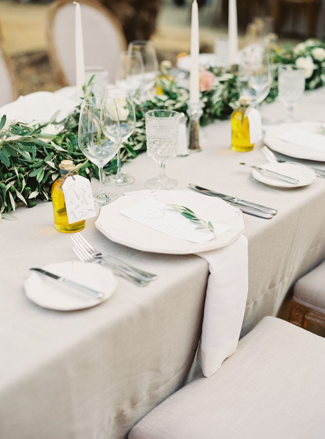 Olive oil favors: http://www.stylemepretty.com/2016/06/06/a-sonoma-wedding-inspired-by-old-world-tuscany/ | Photography: Michele Beckwith - http://michelebeckwith.com/