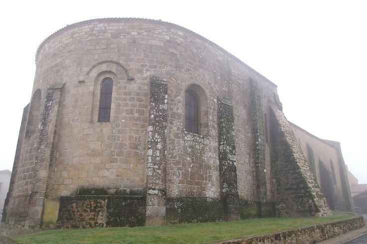 Bressuire: Église de Saint-Sauveur-de-Givre-en-Mai
