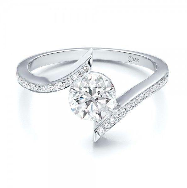 Skyrim Item Id Gold Diamond Ring amid Jewellery Shops
