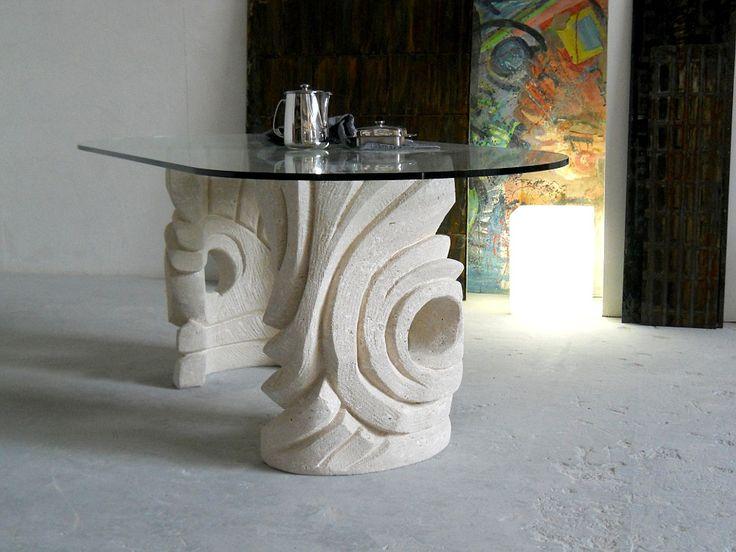 Tavolo Niagara, tavolo in cristallo con basamento in pietra scolpita, lavorazione artistica 100% made in Italy