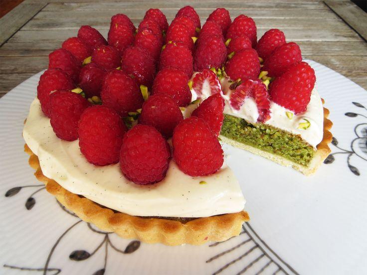 Hindbærtærte med pistaciemazarin
