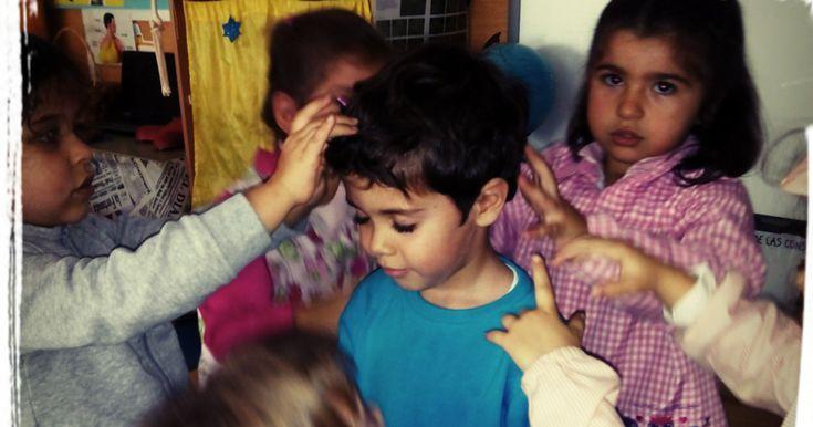 Los masajes son excelentes herramientas para el desarrollo de la empatía . Supone compartir los sentimientos de otra persona, compren...