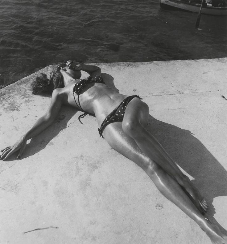 Dovima    first bikini to be seen away from France,   photo by Toni Frissell for Harper's Bazaar, Montego Bay, Jamaica, 1945: Photos, Photographers, Inspiration, Tony Frissell, Bikinis Girls, Harpers Bazaars, Diana Vreeland, Bath Beautiful, Montego Bays Jamaica