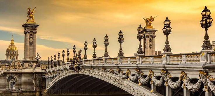 Siempre se considera el puente más decorado y bello de París. Este puente atraviesa el Sena y conect... - Copyright © 2016 Hearst Magazines, S.L.