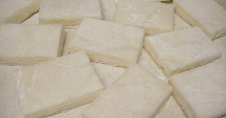 乾燥させずにそのままカラミ餅としても美味♪ オーブントースターで焼いて、しょうゆと海苔で安倍川餅もいいですね☆