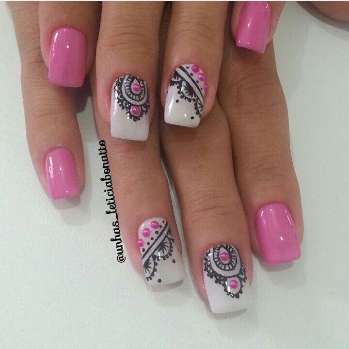 By @unhas_leticiabonatto #nailart #pink #pinknail