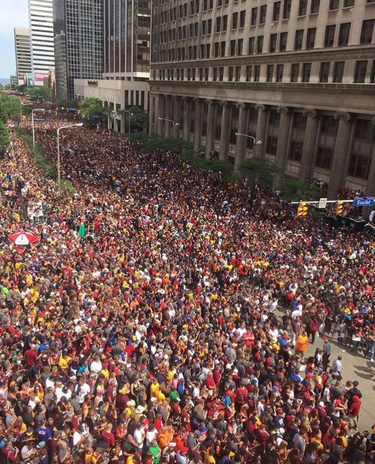 Cleveland Cavaliers Championship Parade | Running on Happy