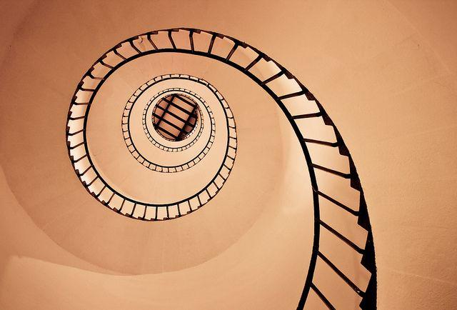Eyes of architecture: Staircase spirals