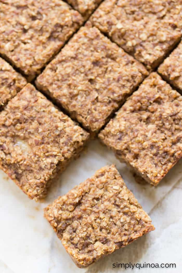 Healthy Banana Quinoa Breakfast Bars. They're perfect for when you're on the go but still want a nutritious and filling breakfast. {gluten-free + vegan}