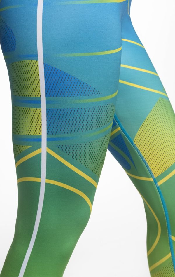 Serious style for serious loyalty. The Nike Tight of the Moment x Brasil.
