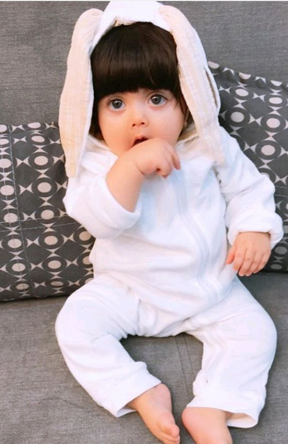 Delvin Cute Baby Girl Pictures Cute Baby Girl Cute Babies