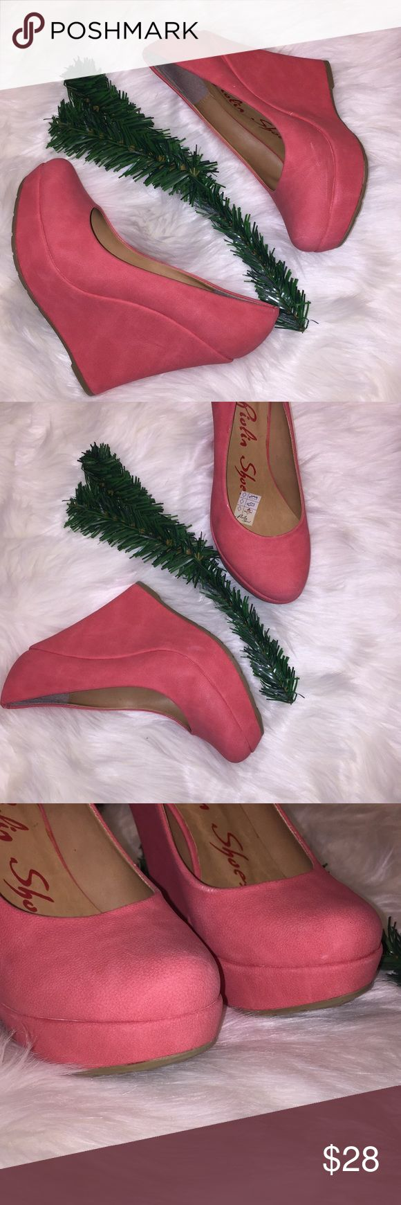 💕Coral 💕Wedge Platform Heels Size 7/37 💕Coral 💕Wedge Platform Heels Size 7/37  Some small white markings are in the shoe but aren't to noticeable. See pics. piolin Shoes Wedges