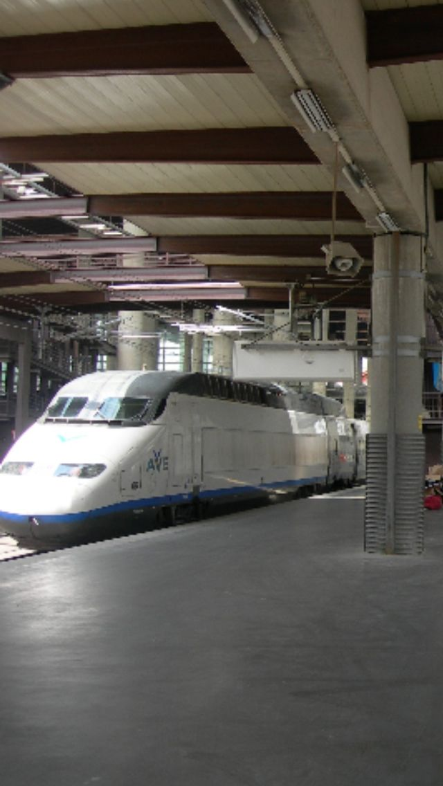 High Speed Train: Spain