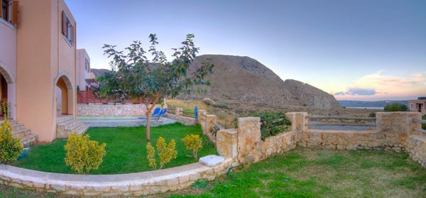 Villa Neria in Crete has a wonderful garden