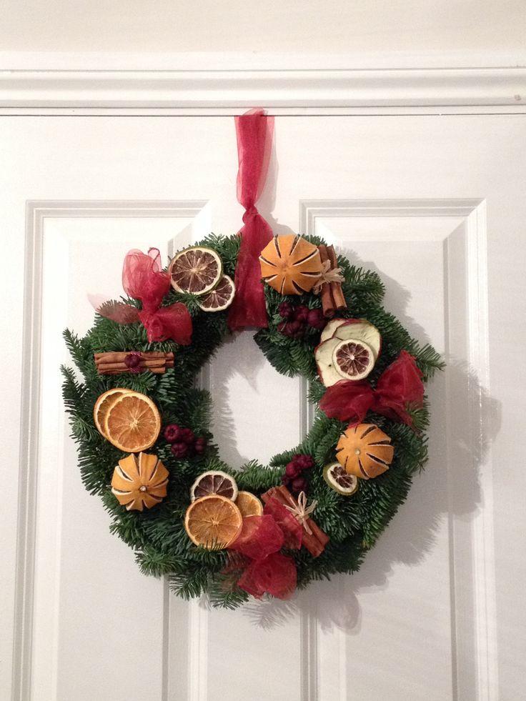 16 best Christmas Floral designs images on Pinterest | Flower ...