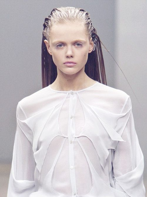 Frida Gustavsson at Ann-Sofie Back Fall 2010