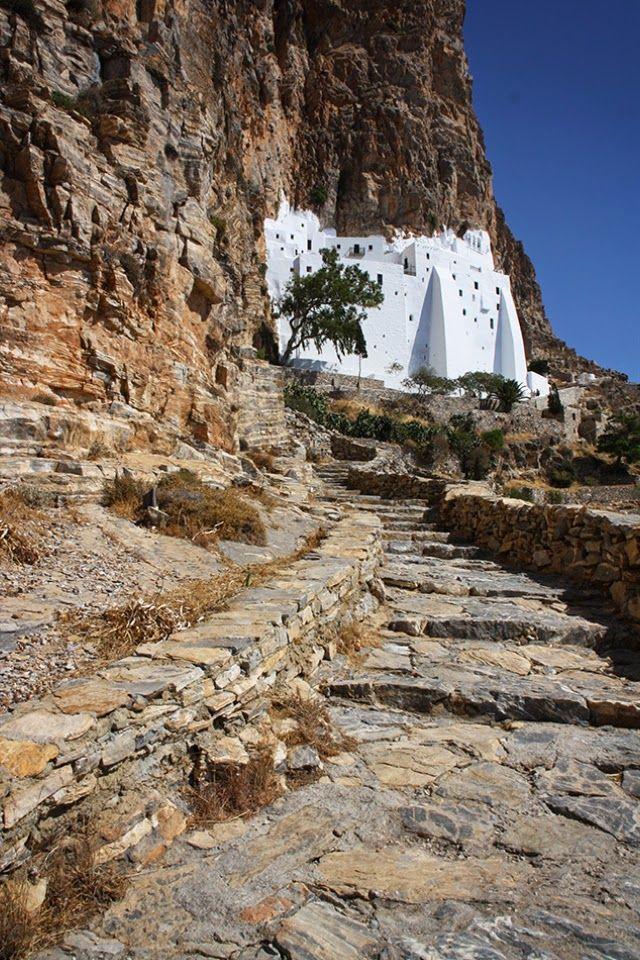 Amorgos, l'île du Grand Bleu (Luc Besson) Grèce Cyclades   Monastère de la Panaghia Chozoviotissa