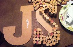 Letters bekleden met kurk