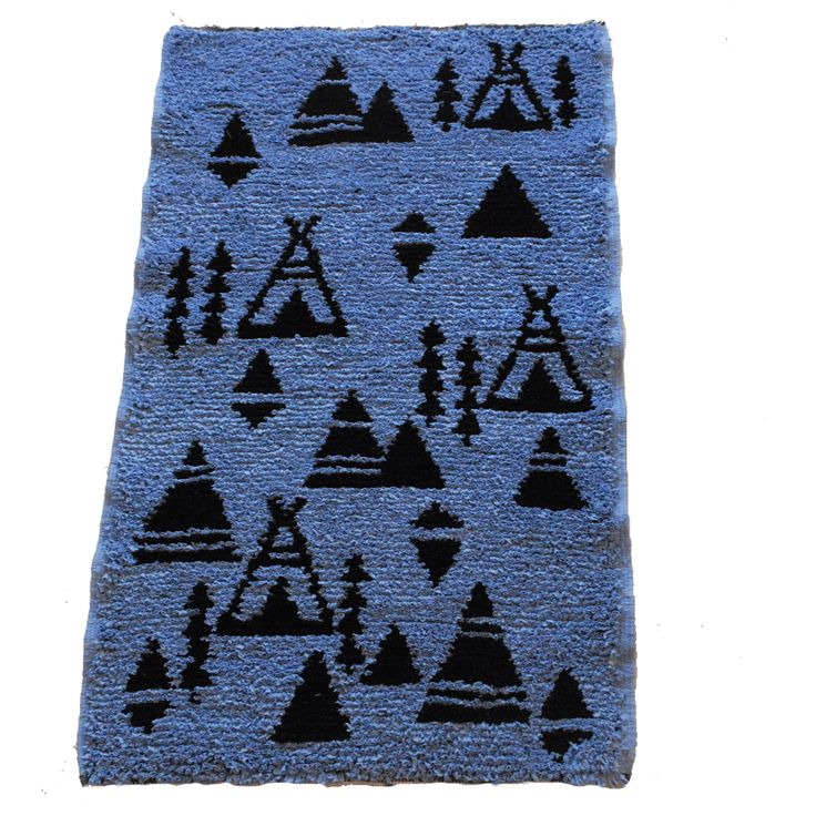 tapis boucharouette tipi en jersey bleu clair et noir. Black Bedroom Furniture Sets. Home Design Ideas