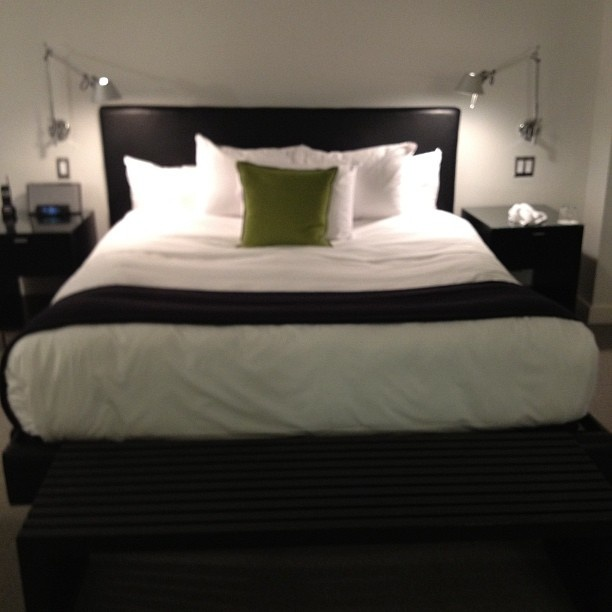 That s a bed. 17 best images about Le Meridien Chambers Minneapolis on Pinterest