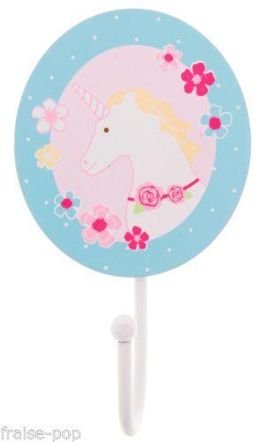 D tails sur porte manteau pat re licorne chambre d 39 enfant for Chambre unicorn