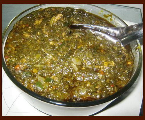 sauce feuilles de patates douces;)