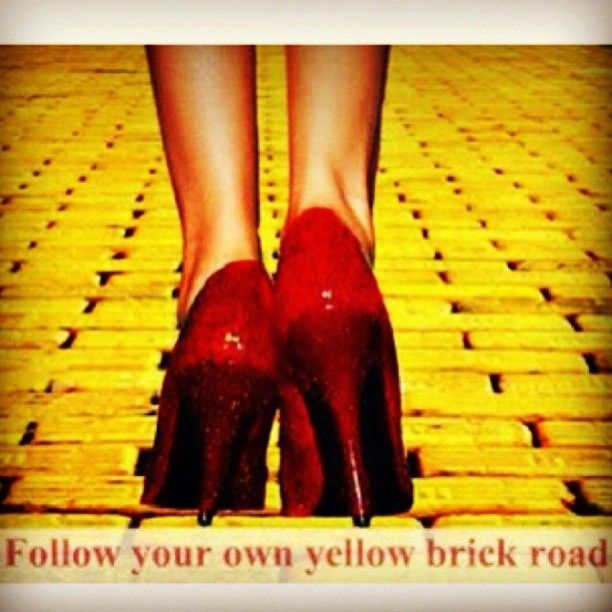 how to draw a brick road