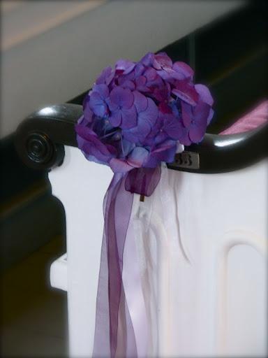 Aisle marker. Simple hydrangea pew clips.
