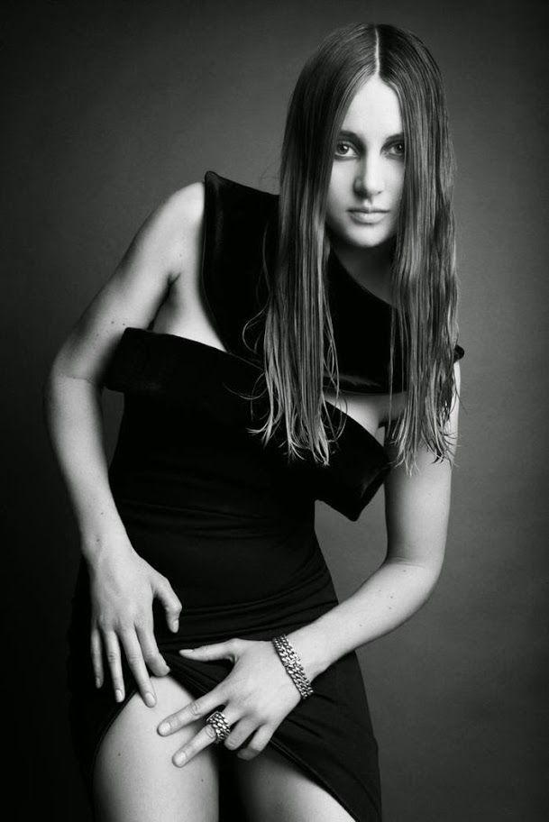 Шейлин Вудли (Shailene Woodley) в фотосессии для журнала Interview (июнь 2014)
