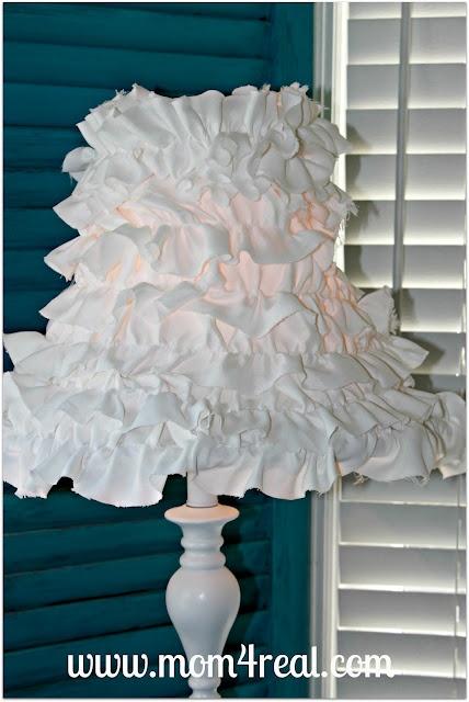 Ruffled Lamp Shade...Mom 4 Real: Real, Lamp Lampshades, Girl, Lamp Shades, Lampshade Ideas, Mom, Crafts