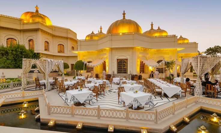 Top 10 #resorts in #India that are destinations in themselves. Check them out now!