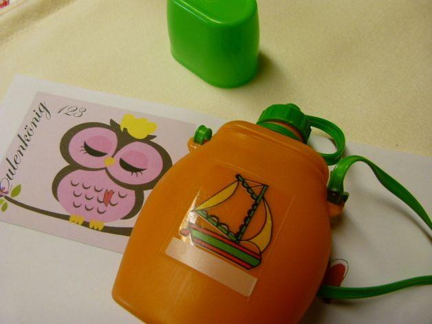 So eine Flasche hatte ich im Kindergarten auch mal.