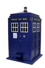Underground Toys Doctor Who TARDIS Trash Can - With Lights and Sounds