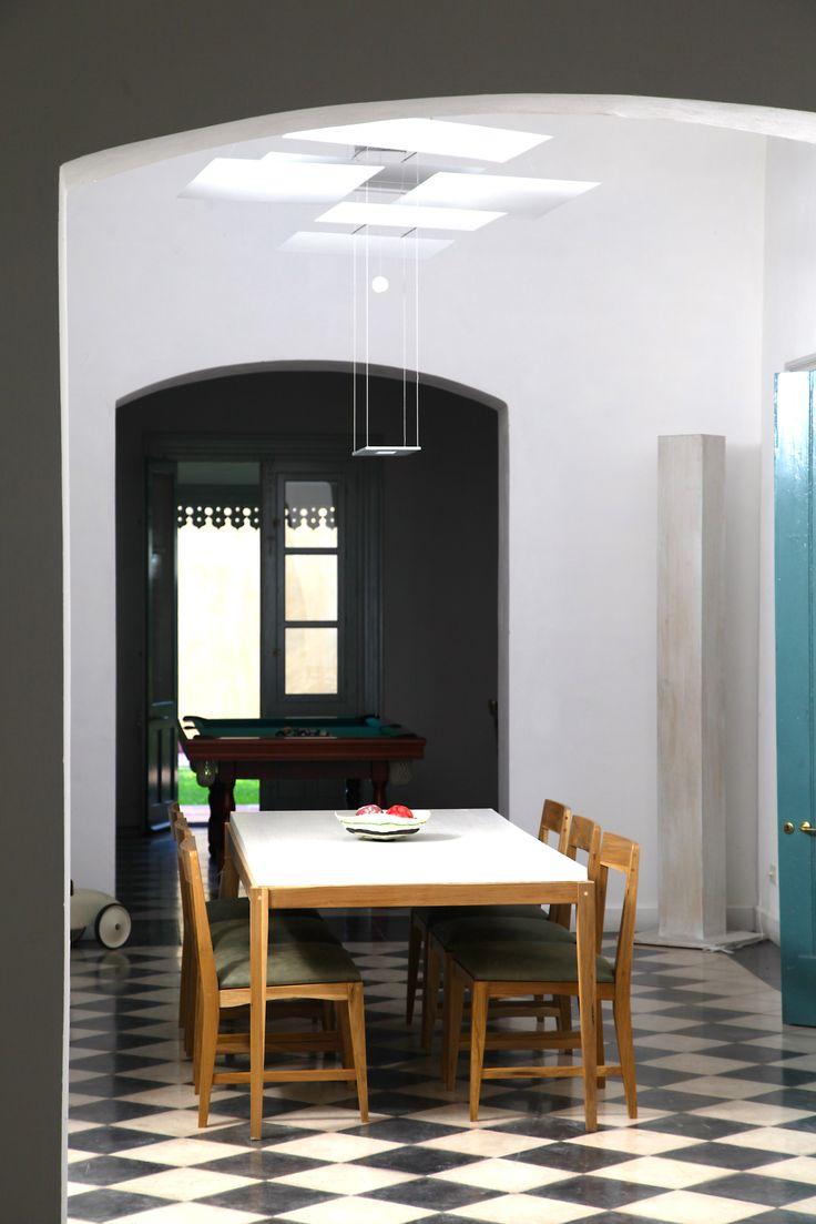 Mesa Renata y sillas Noc - Las Marinas muebles www.lmarinas.com.ar
