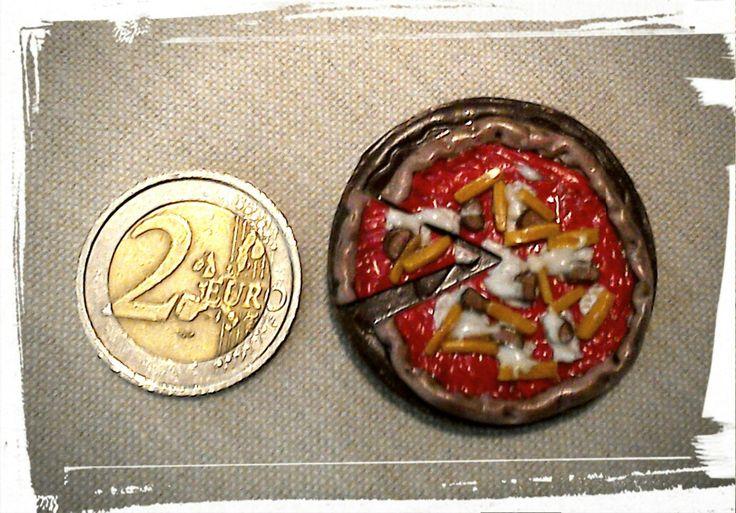 Calamita pizza wuster/patatine fimo
