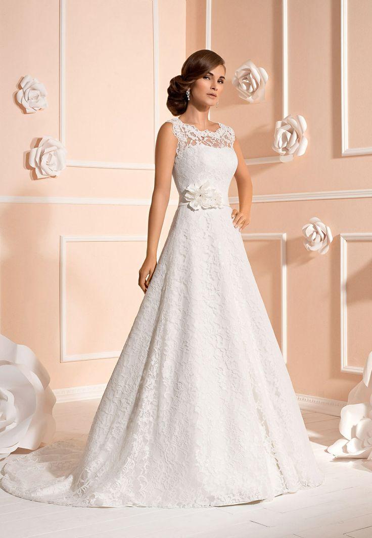65 best Brautkleider images on Pinterest | Wedding frocks ...