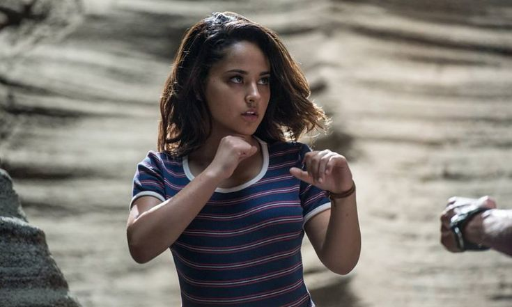Power Rangers Movie 2017 Lesbian Character Revealed: Yellow Ranger Has 'Girlfriend Problems'