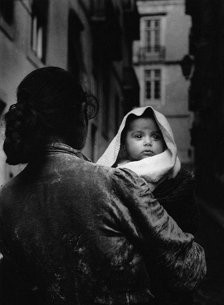 by Eduardo Gageiro