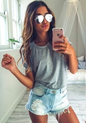 23 Cute Summer Outfits To Copy Right Now – SOCIETY19 https://www.pinterest.com/chrissy0540/swimsuits/
