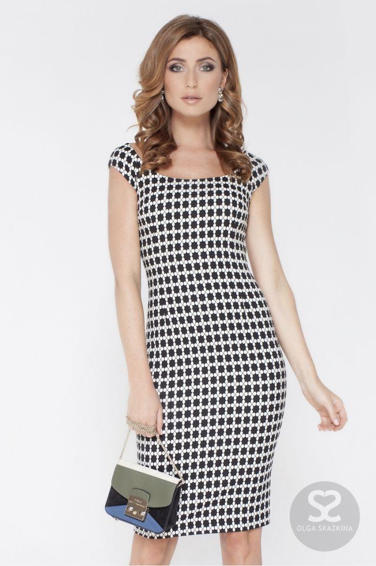 Платье с приспущенными рукавами в черно-белом цвете от дизайнера   Skazkina