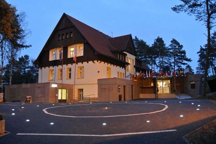 Hotel Berg - Staré Splavy www.hotelberg.cz Hotel 4*