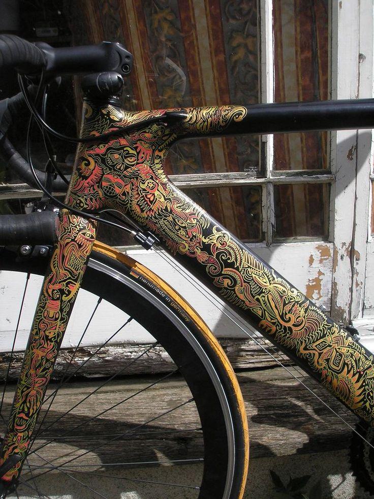 Grazile Arbeit am Rahmen, #Grafikkünstler #Fahrradrahmen