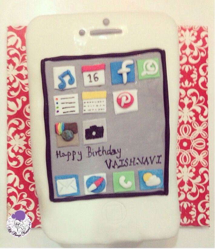 Calling out all the #iPhone lovers!! #apple #iphone6 #whiteiphone #iphonecake #cake #atyummy #phonecake #iphonescreen #iphoneapps #facebook #pinterest #whatsapp #music #calendar #camera #notes #instagram #safari #mail #weather #themecake #customisedcake