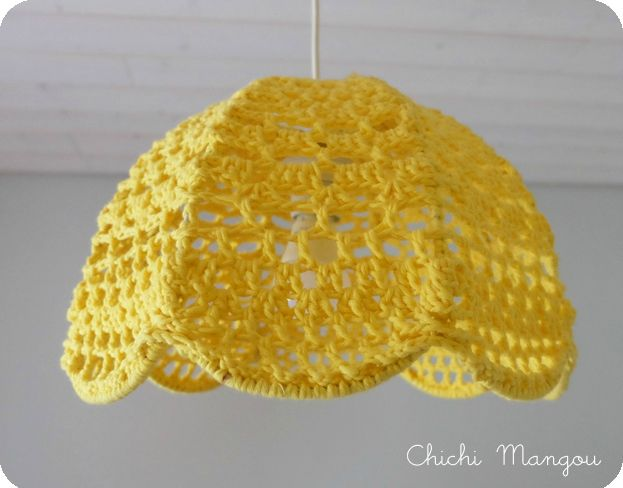 1000 id es sur le th me abat jour en crochet sur pinterest crochet napperons et lampe napperon. Black Bedroom Furniture Sets. Home Design Ideas