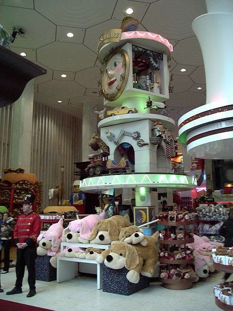 FAO Schwarz <3......You gotta stop by here if you're in NYC......soooo cool and lots of fun.......