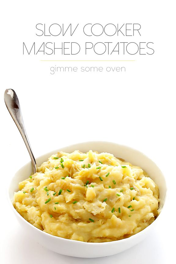 Slow Cooker Mashed Potatoes Recipe | gimmesomeoven.com #slowcooker #crockpot