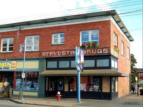 Steveston Drugs by Hillwalker-ca, via Flickr
