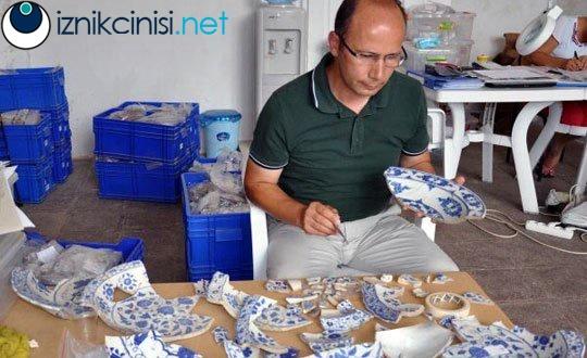 Kanuni ve Hürrem Sultanın kullandığı tabaklar bulundu, eserlerin arasında İznik Çinisi tabaklar da var.