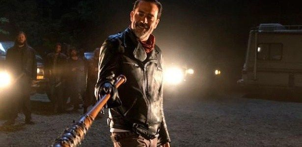 """""""Walking Dead"""" retorna com 2 mortes e vilão mais produtivo da história #Gente, #Lego, #M, #Morreu, #Morte, #Novo, #TheWalkingDead, #Tv http://popzone.tv/2016/10/walking-dead-retorna-com-2-mortes-e-vilao-mais-produtivo-da-historia.html"""