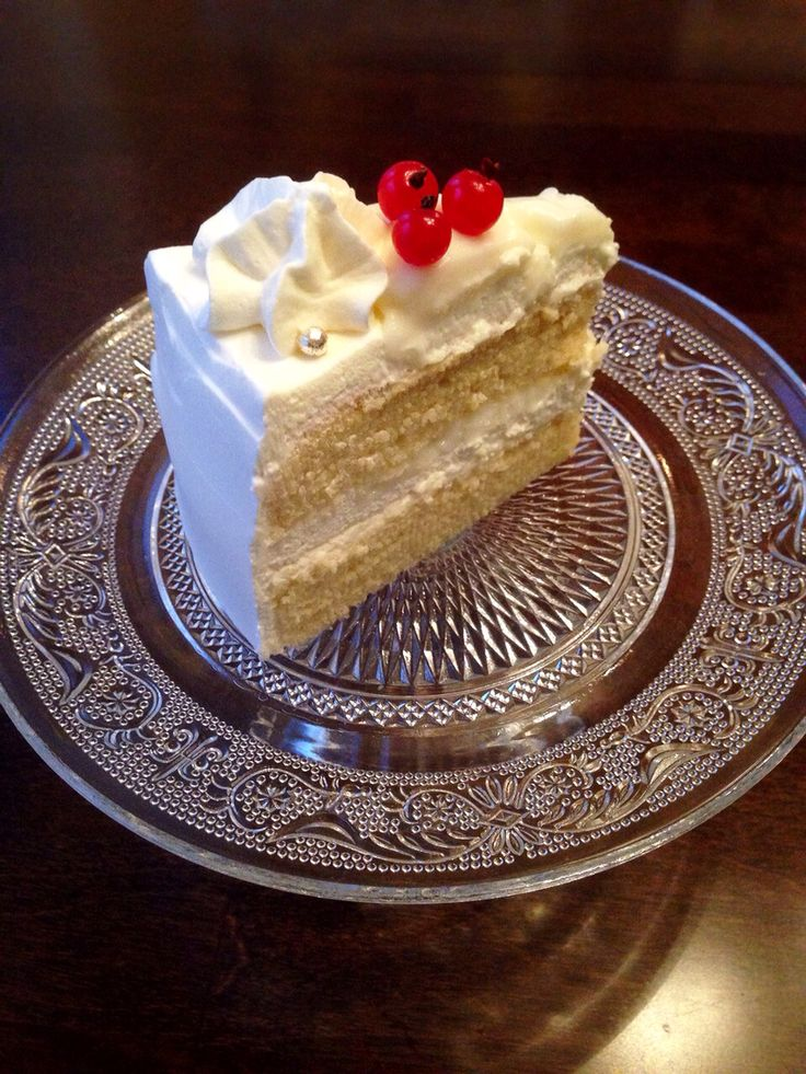 Coconut whipped cream cake